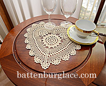 crochet heart shape doilies, crochet ecru color doilies. crochet hearts white and ecru color