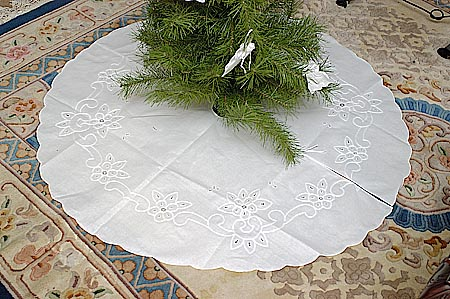 Vintage Imperial Embroidery Cotton Tree Skirts 45x45 Round 1999 Each
